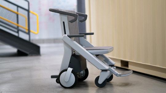 네이버랩스 인턴들이 만든 `에어카트 휠체어`...국제 대회서 `주목`
